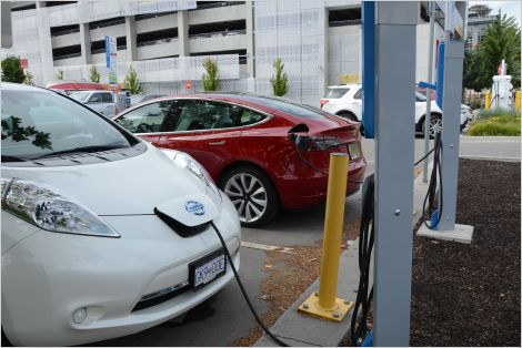 Electric vehicles charging in Kelowna